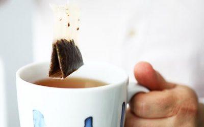 10 usages pour les sachets de thé utilisés